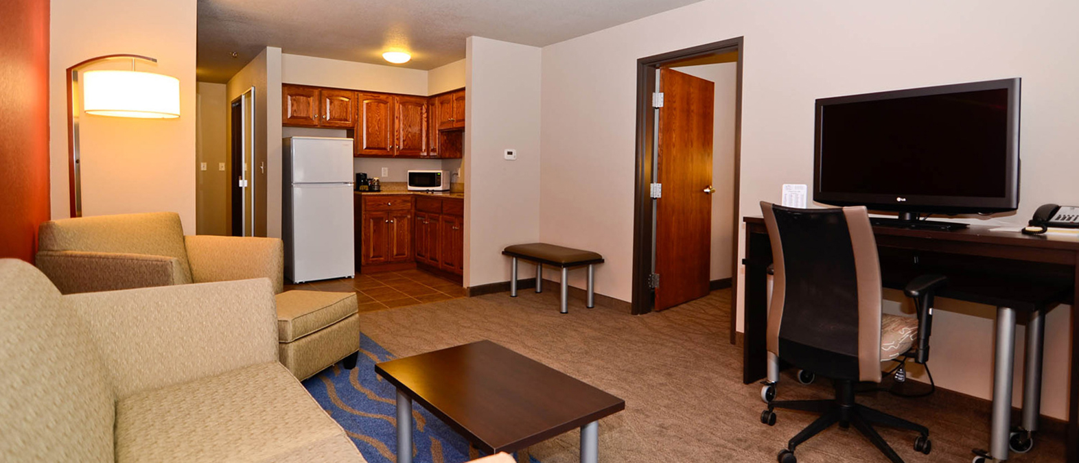 Stay Astoria Dickinson affordable long term stays just off I-94 and Hwy 22