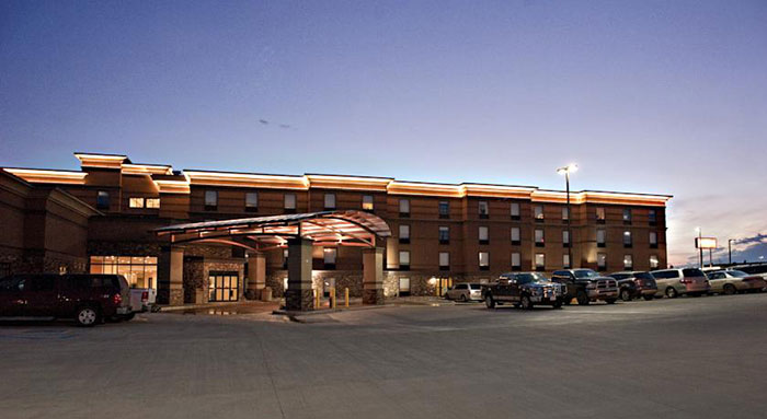 Astoria Dickinson, Minot & Glendive all offer free breakfast, Wi-Fi & fitness area