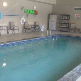 relax after a bike & hiking trip in the indoor pool & hot tub at Glendive