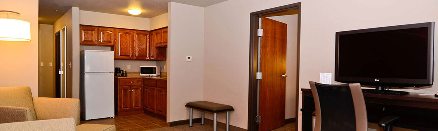 Astoria Hotel & Suites offers simplicity that looks luxurious at an affordable rate